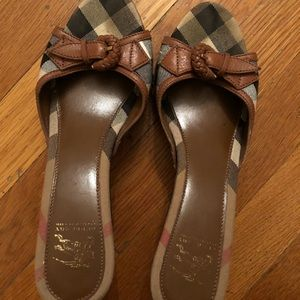 Authentic Burberry sandals with heels